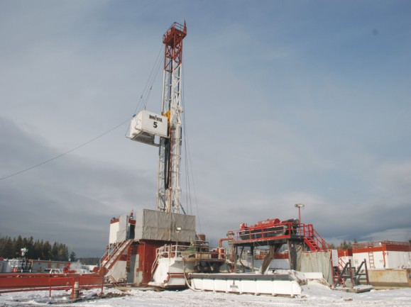Rig used to drill SAGD well pair